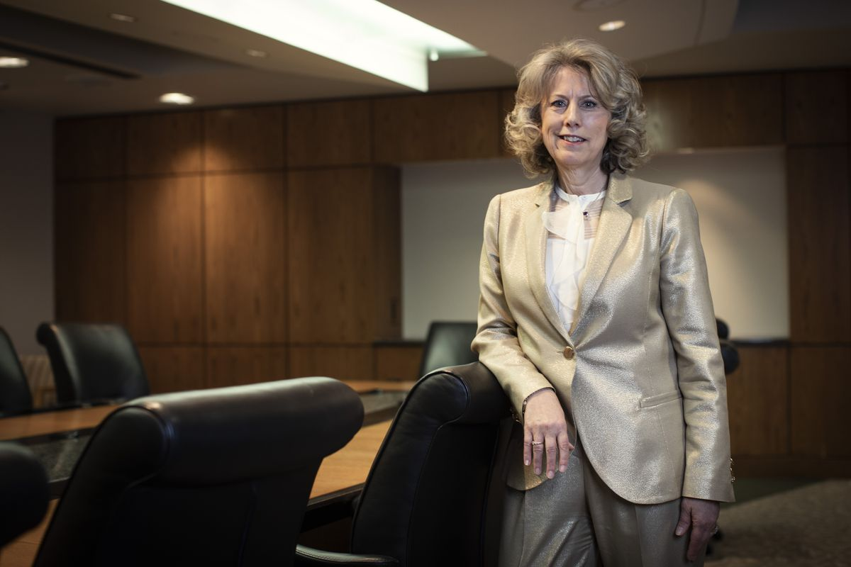 TransAlta CEO Dawn Farrells advice for women: Dont leave when the going gets tough [Video]